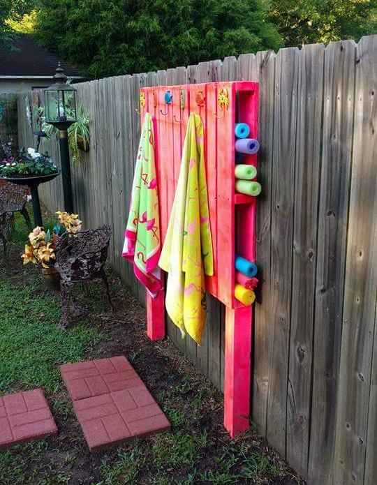 Pool fun hacks you have to try this summer for Patio organization ideas