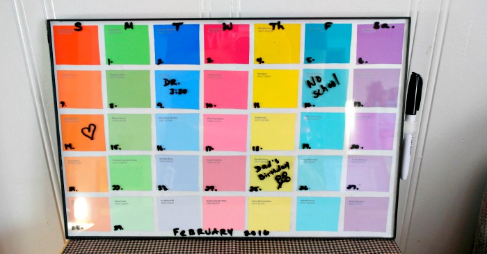 Diy paint sample dry erase calendar diy dry erase calendar solutioingenieria Image collections