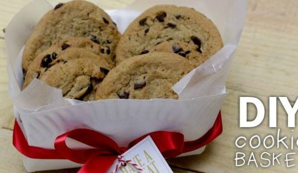 Tips for Folding a Cookie Basket