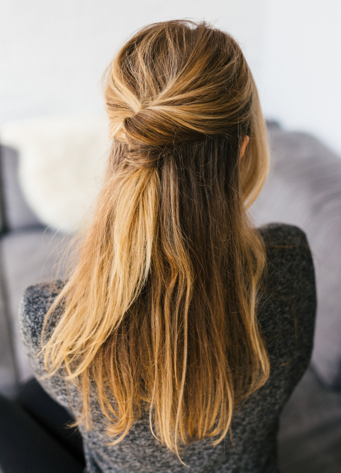 15 Casual & Simple Hairstyles That Are Half Up, Half Down