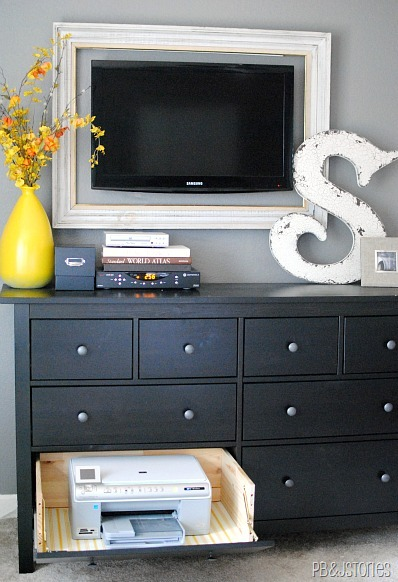 clever ways to hide clutter 15