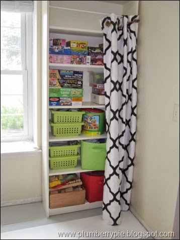 Clever Ways To Hide Clutter 5