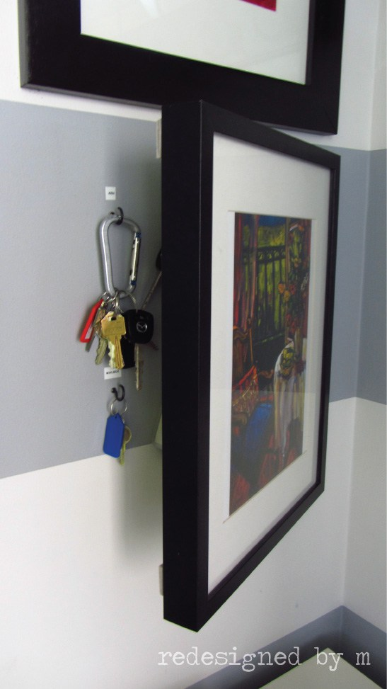 clever ways to hide clutter 9
