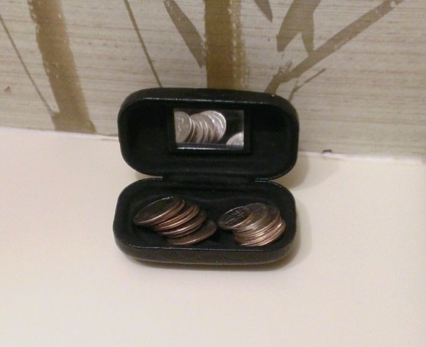 contact lens cases 12
