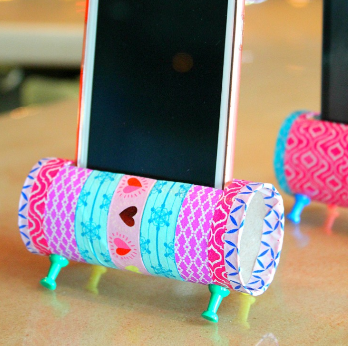 DIY phone speakers and holder