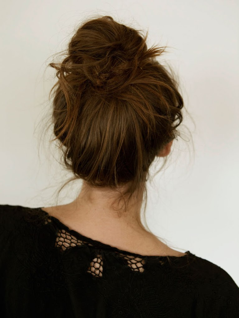 15 Easy Bun Hairstyles To Rock This Summer