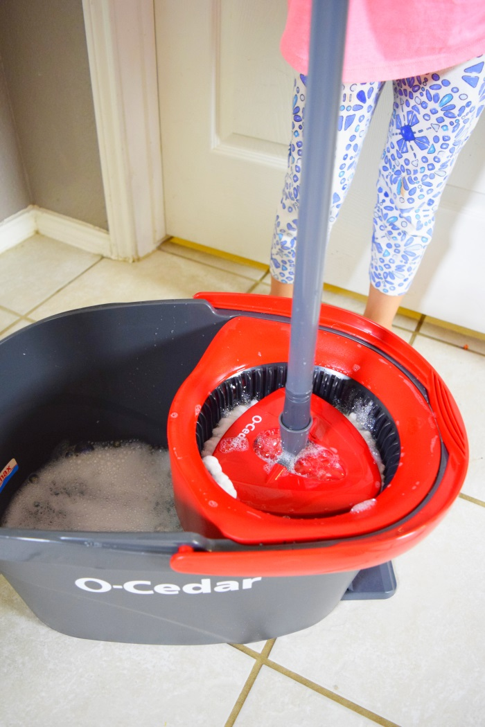 ocedar back to school clean routine #OCedatB2S #ad