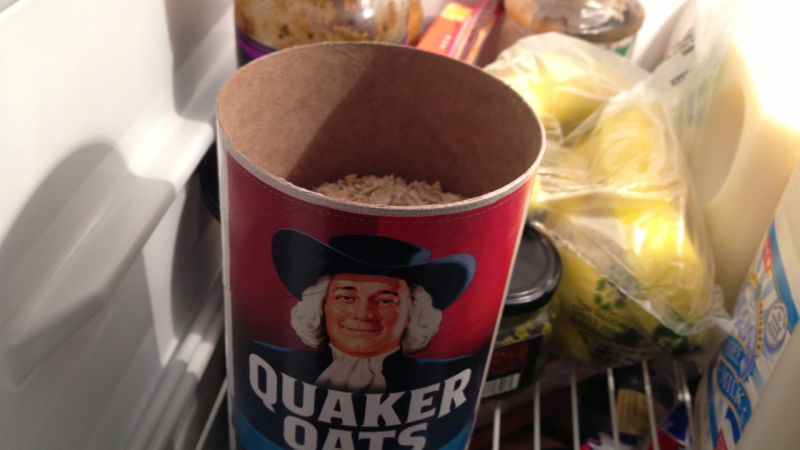 oatmeal to absorb odors in fridge