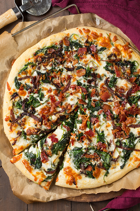 caramlized-onion-bacon-and-spinach-pizza