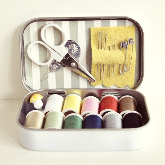 mini-sewing-kit