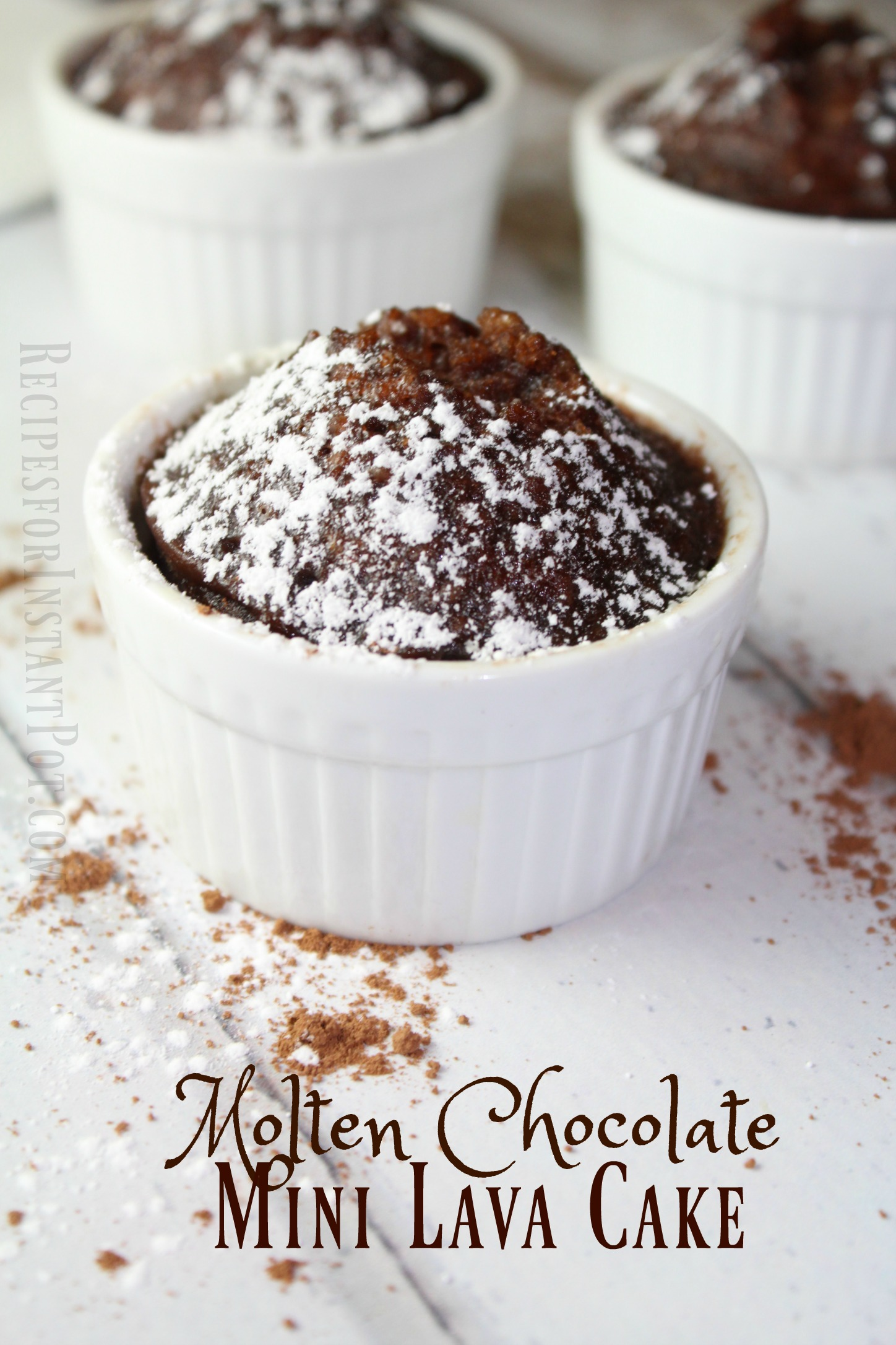 molten-chocolate-mini-lava-cake