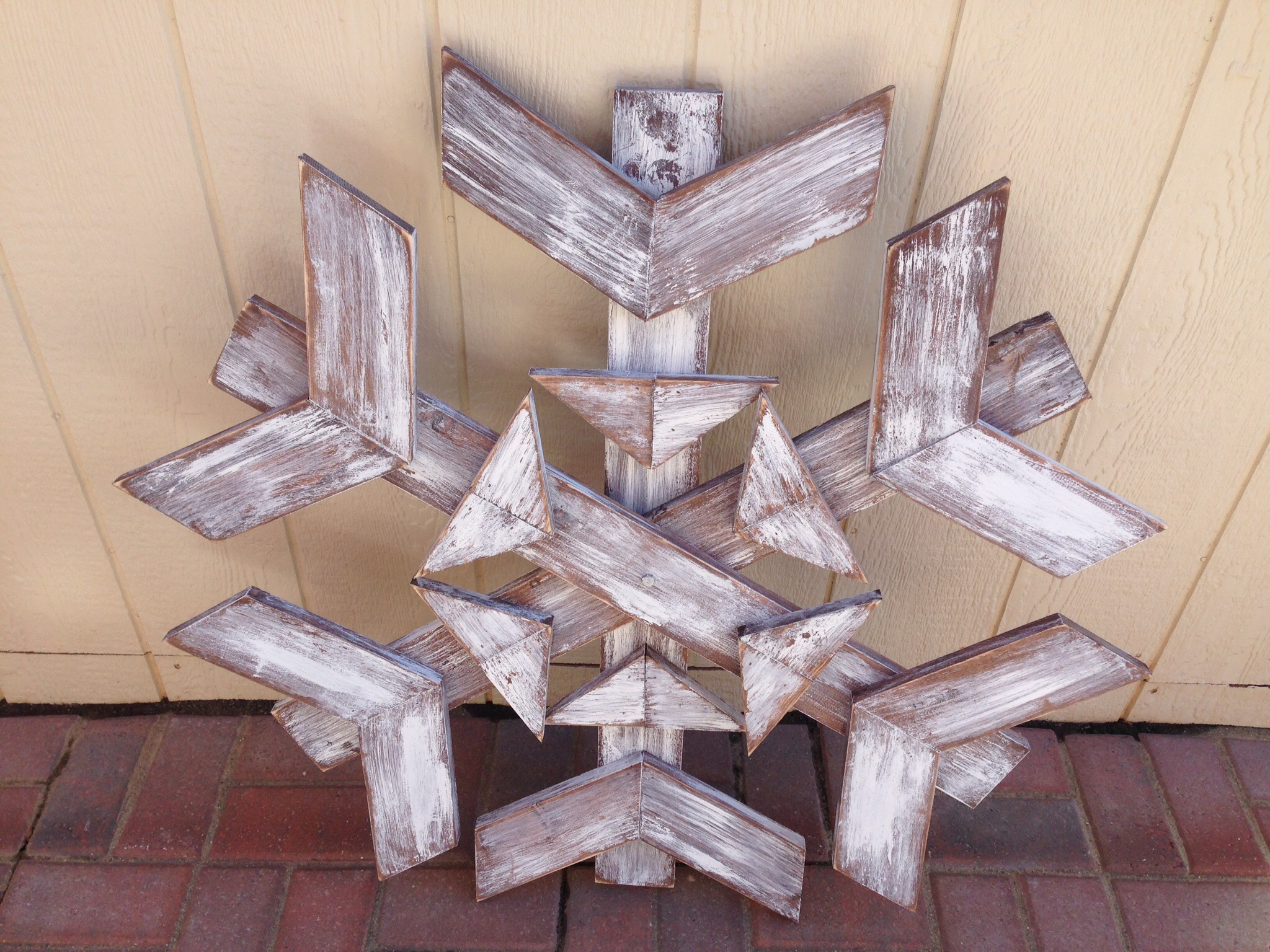 snowflake pallet craft