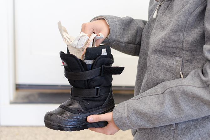 wet-boot-tip-for-quick-drying