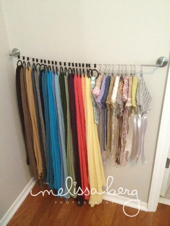 Charmant Zip Line Scarf Storage