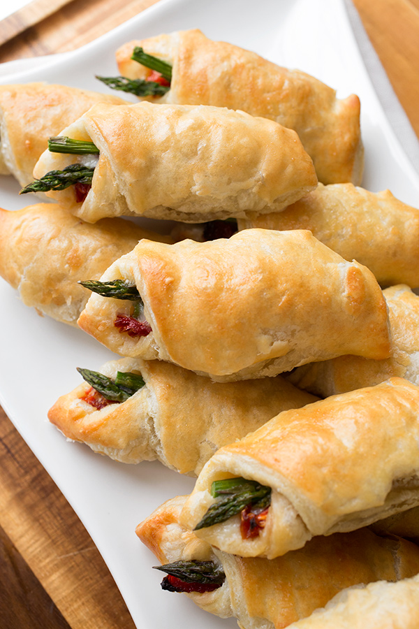 prosciutto-wrapped-asparagus-puffs