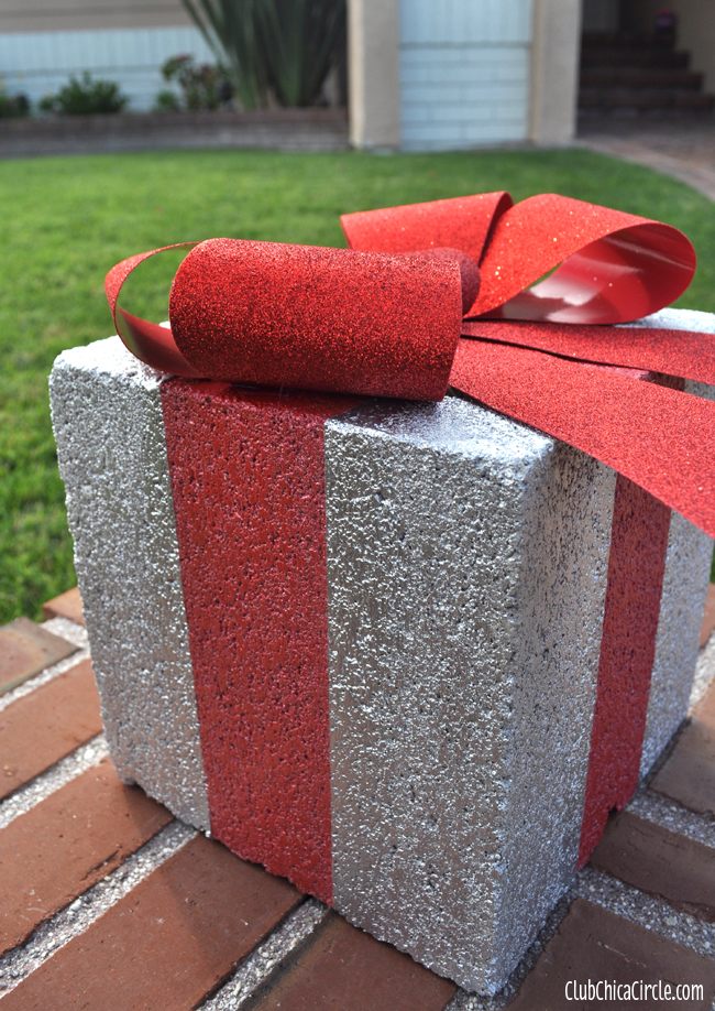 cinderblock gifts - Light Up Presents Christmas Decorations