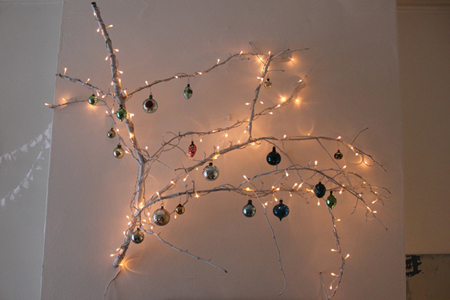 diy-lighted-branches