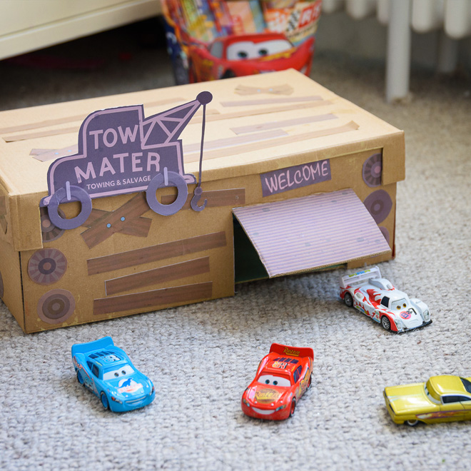 garage-for-toy-cars