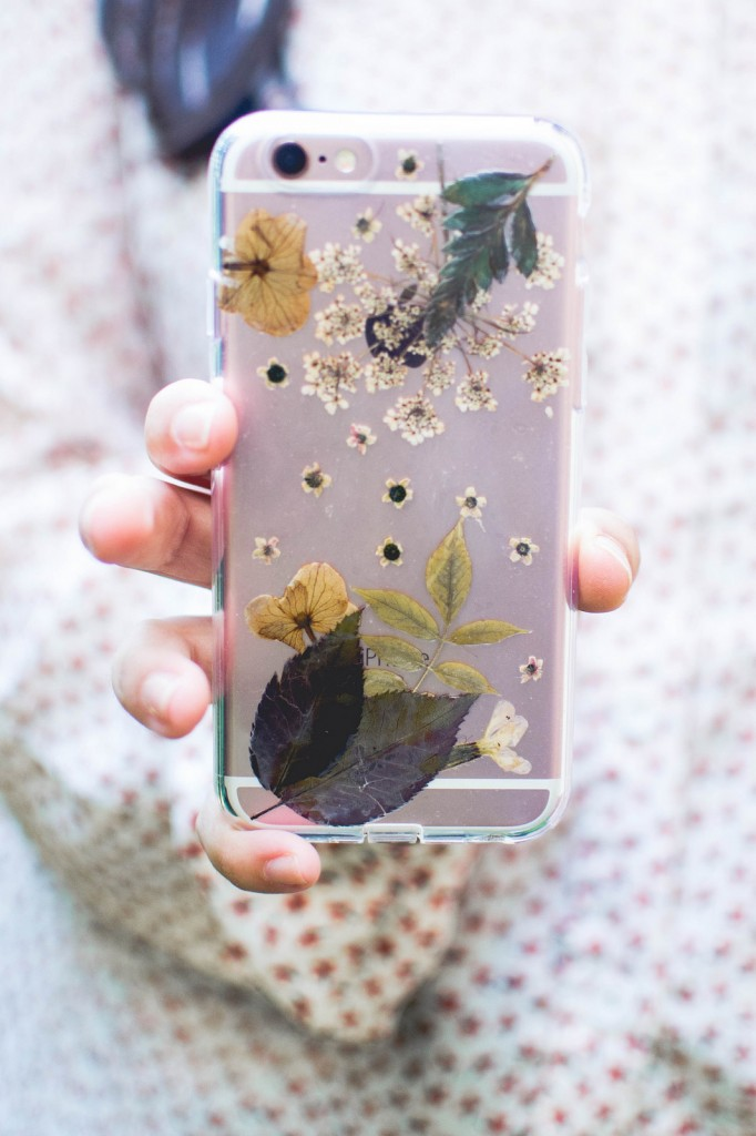 pressed-flower-phone-case