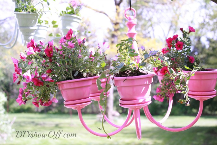 16 diy flower pots to get you giddy about gardening did you like these diy flower pots if so youll enjoy these tips too mightylinksfo