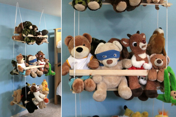 When your kids reach that age when they donu0027t play much with their stuffed animals but theyu0027re still not quite ready to get rid of them this stuffed animal ... & 18 Genius Stuffed Animal Storage Ideas