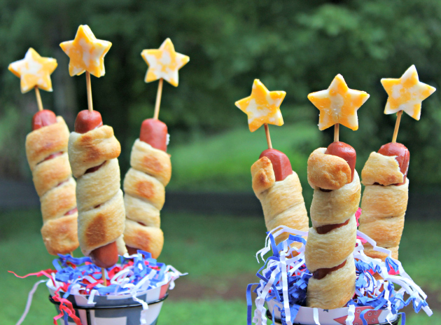 hot dogs wrapped in pastry dough for 4th of july