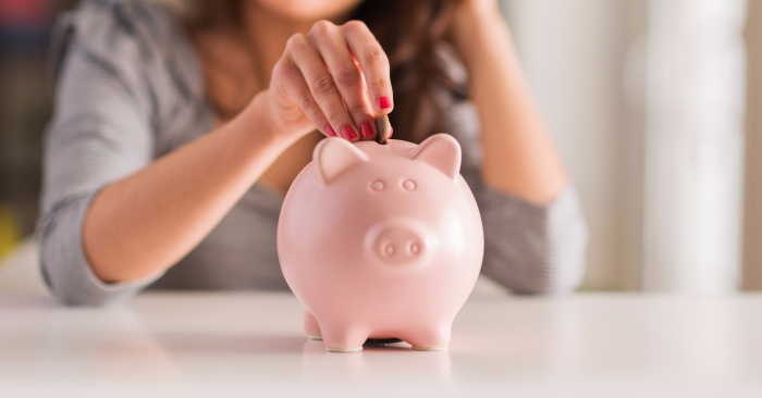 9 Ways to Save Money as a Broke College Student