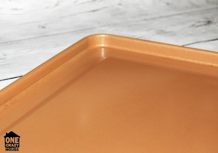 Best Ways to Remove Aluminum Bakeware Stains - After Spray Cleaner