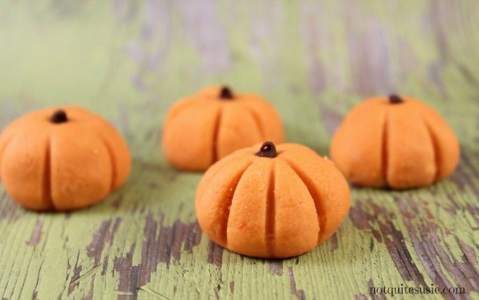 no bake peanut butter pumpkin bites