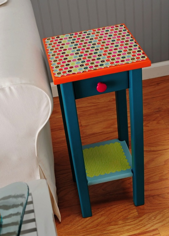 Mod Podge Table by Mod Podge Rocks