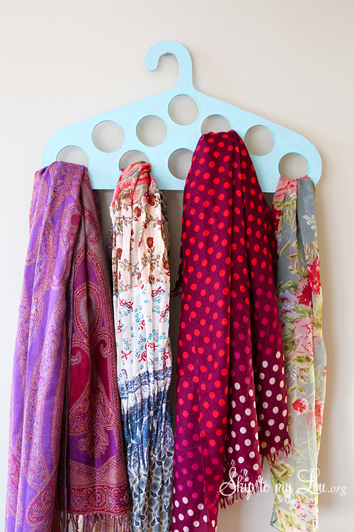 Organize Your Clothes 10 Creative And Effective Ways To Store And Hang Your Clothes: Simple Ways To Store Seasonal Clothes And Avoid The Clutter