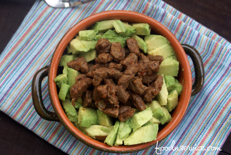 instant-pot-chili-lime-steak-avocado-bowl-2