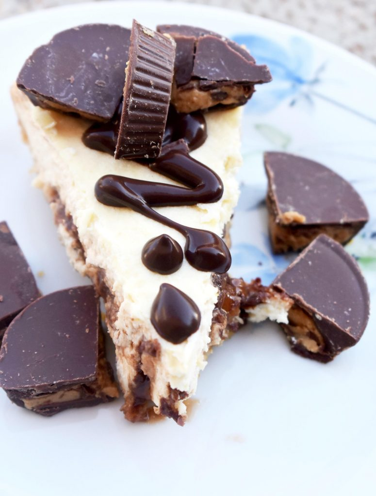 Reeses-Peanut-Butter-Cheesecake-in-the-Instant-Pot