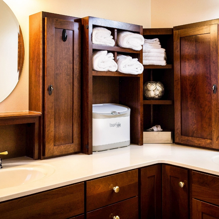 bathroom decluttering tips