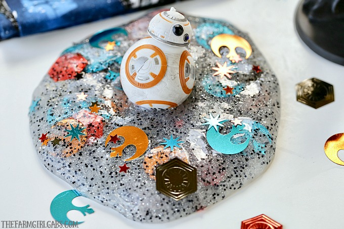 Summer Kid Crafts - Star Wars Slime - The Farm Girl Gabs