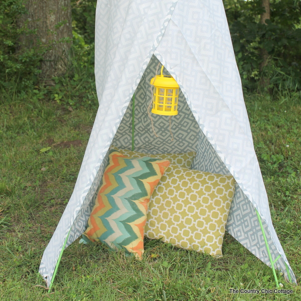 Backyard Decor - Backyard Teepee- The Country Chic Cottage