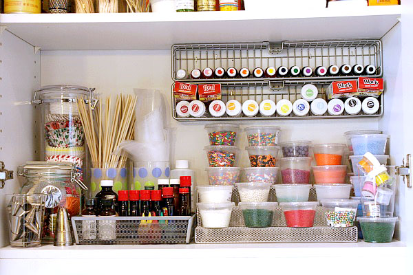 Kitchen Organization on A Budget - Spice Rack Organized Tidy Mom