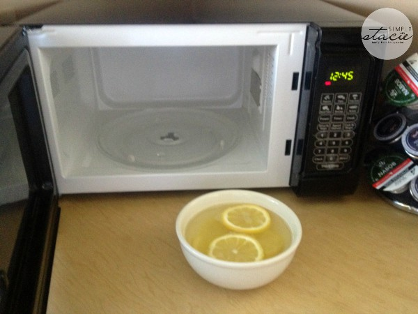 Cleaning Hack- Clean your Microwave- Simply Stacie