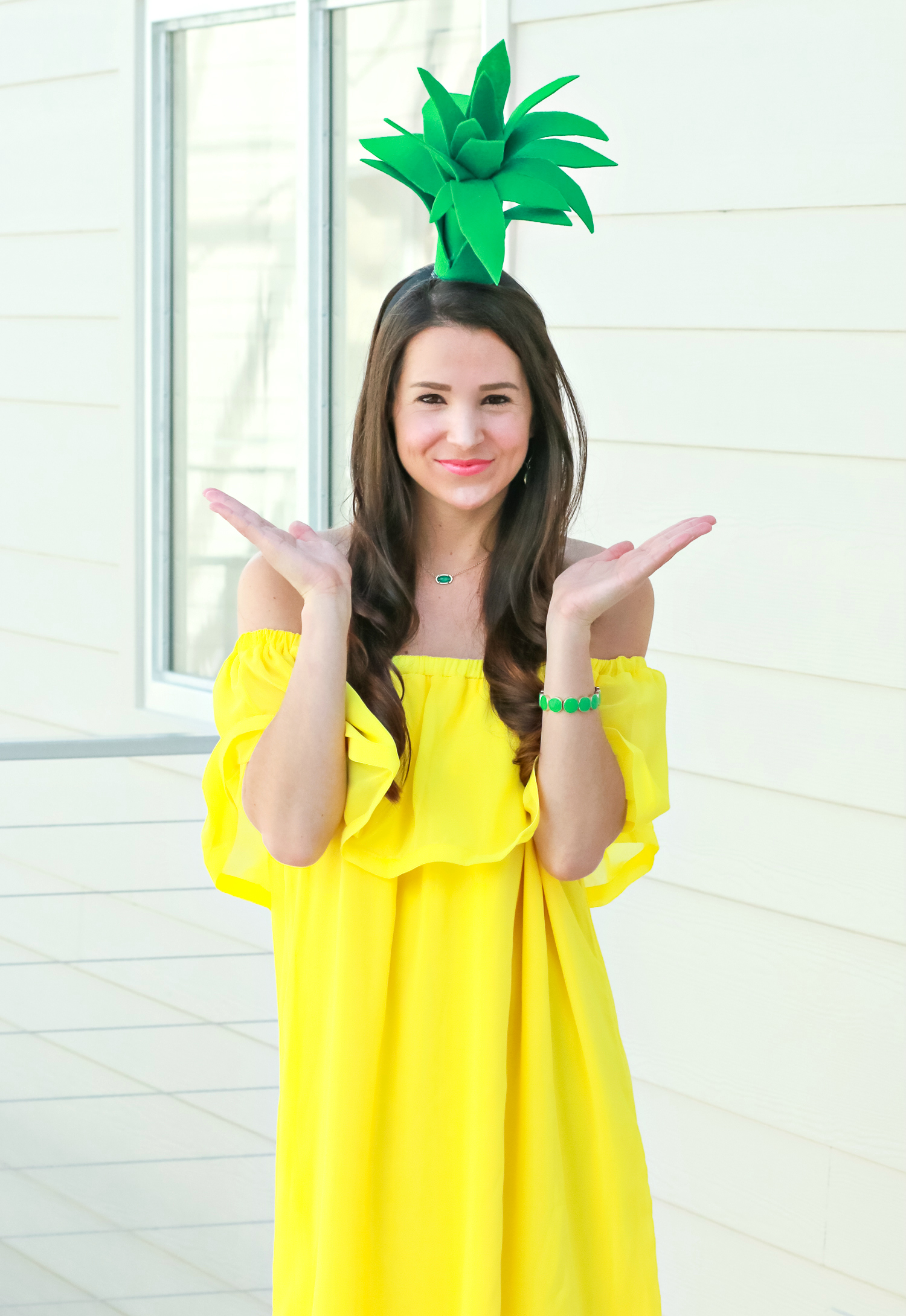 DIY Halloween Costume - DIY Pineapple - The Diary of A Debutante