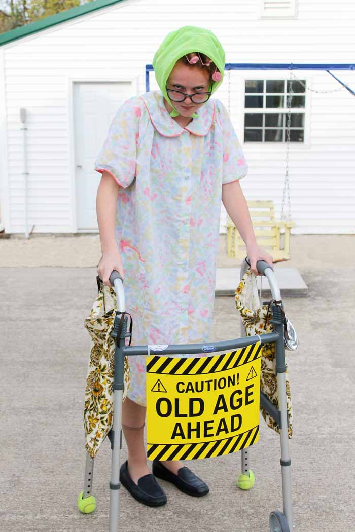 DIY Halloween Costumes - Little Old Lady