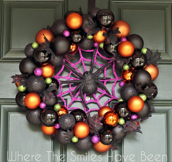 DIY Halloween Wreath - Halloween Ornament Wreath- Where the Smiles Have Been
