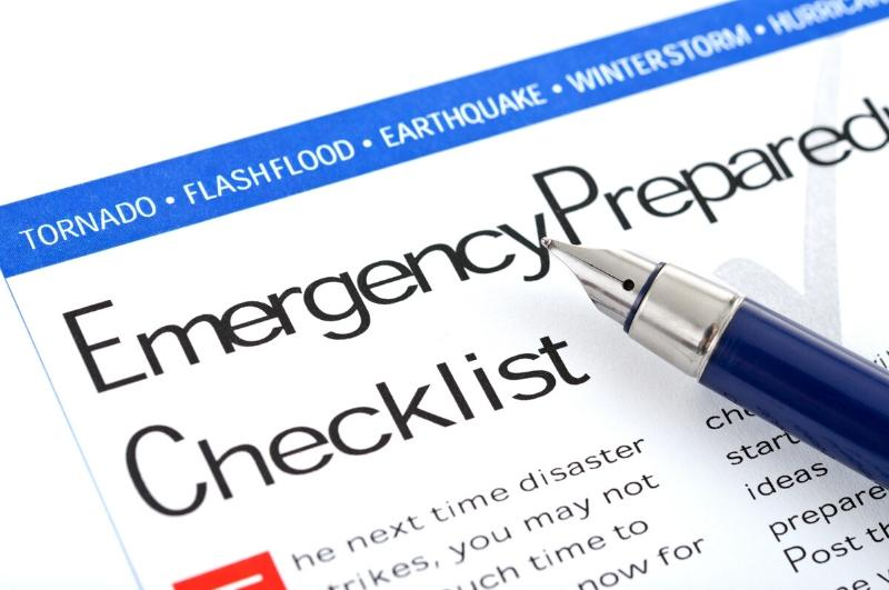 family emergency kit checklist