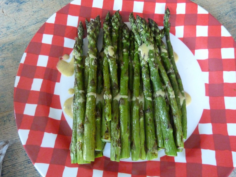 grilled asparagus with mustard drizzle