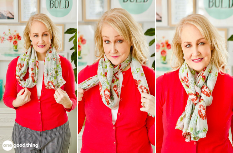 photo tutorial for tying the Jillee European loop for a scarf